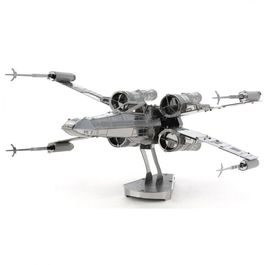 MAQUETA X-WING STAR WARS METAL EARTH